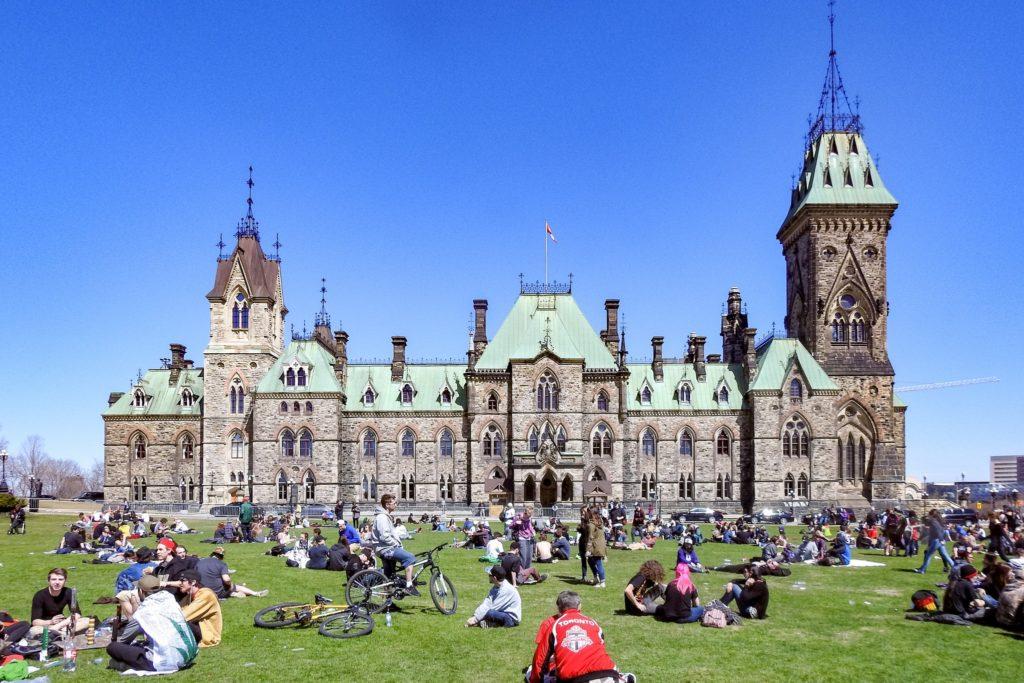Explore Ottawa By Bike parliament hill